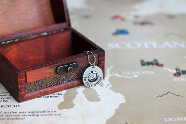 Outlander Je Suis Prest Necklace
